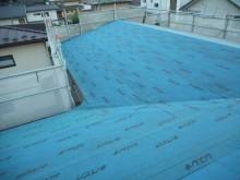 防水紙の屋根