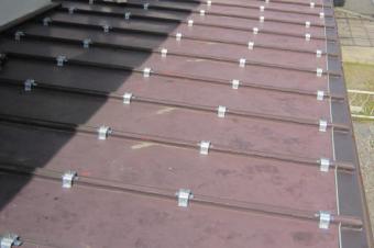 瓦棒屋根の写真