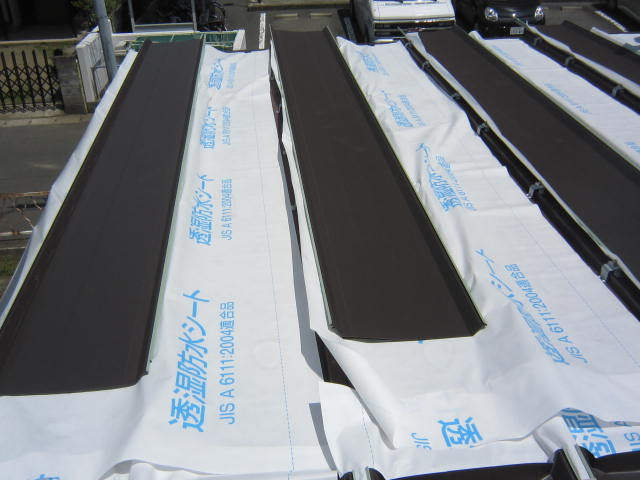 屋根カバー施工の写真