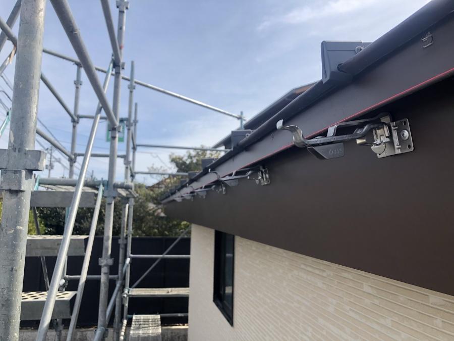 雨樋吊り金具の写真