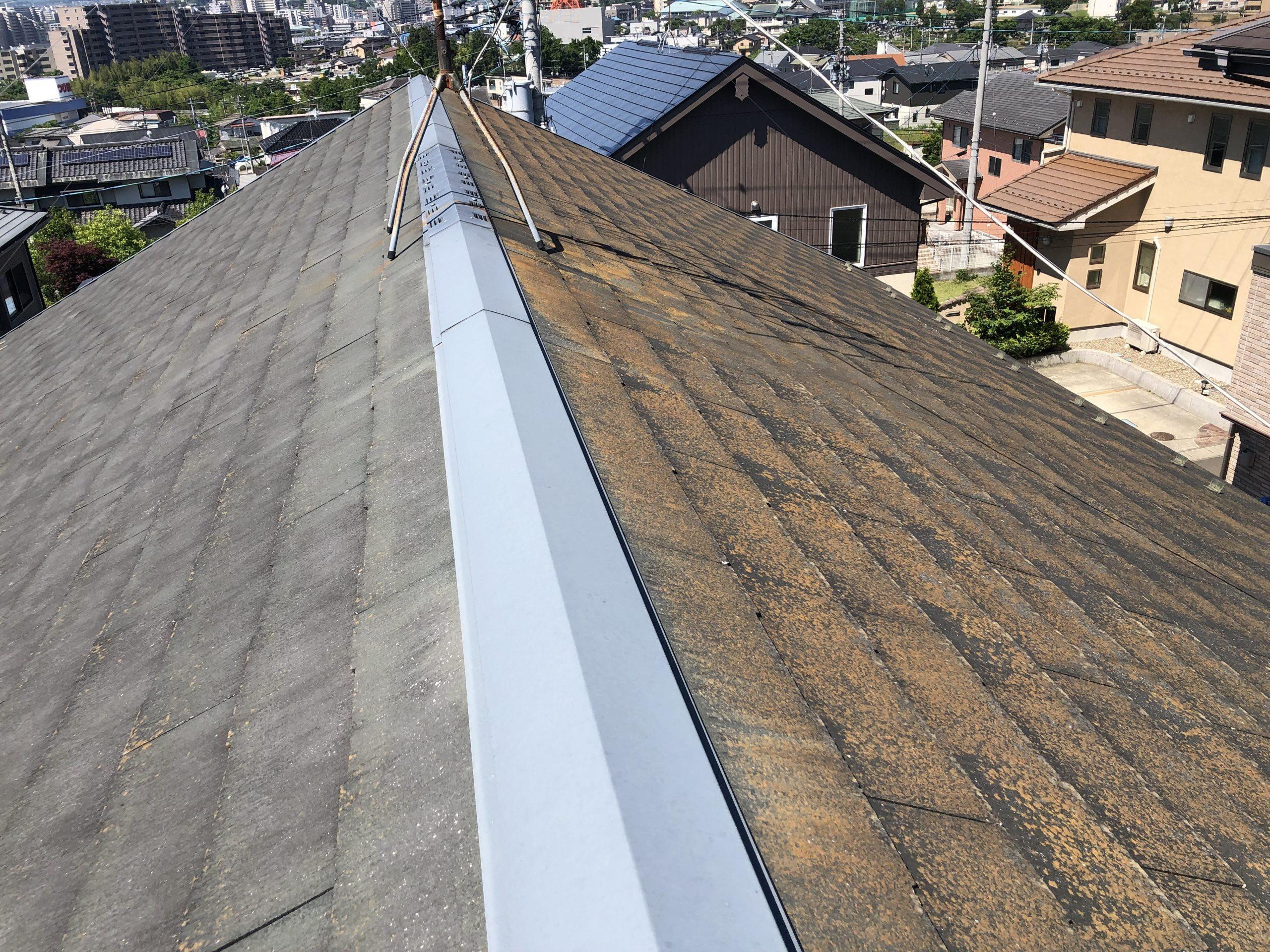 劣化したカラーベスト屋根