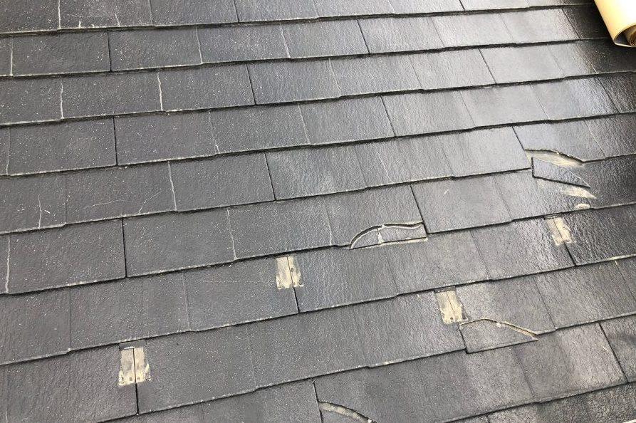 コロニアル屋根 割れ欠け